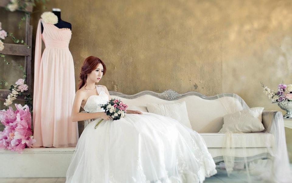 新娘婚纱摄影桌面壁纸