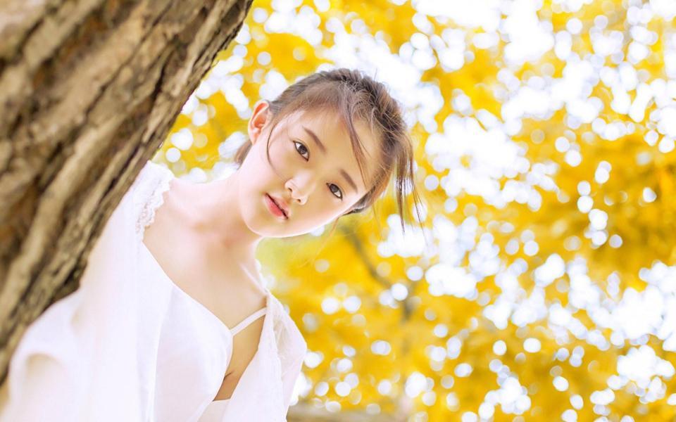 白色天使唯美小清新美女桌面壁纸