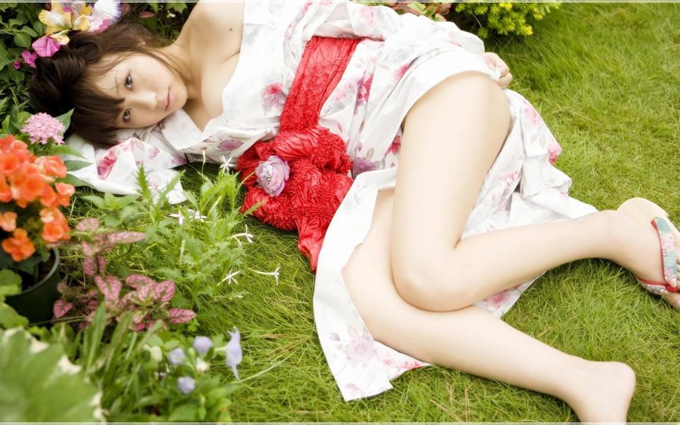 日系小清新美女桌面壁纸-美女图库_性感写真_清纯可爱