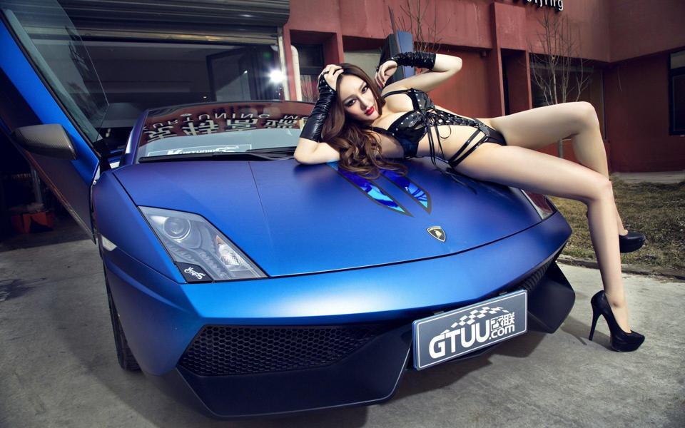 性感改装车美女车模高清壁纸