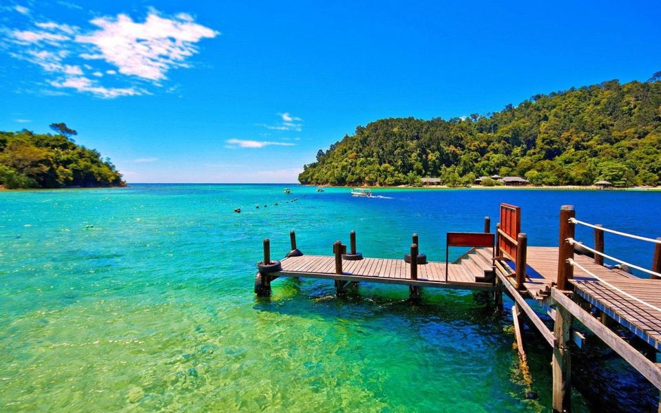清新海岸高清风景桌面壁纸图片