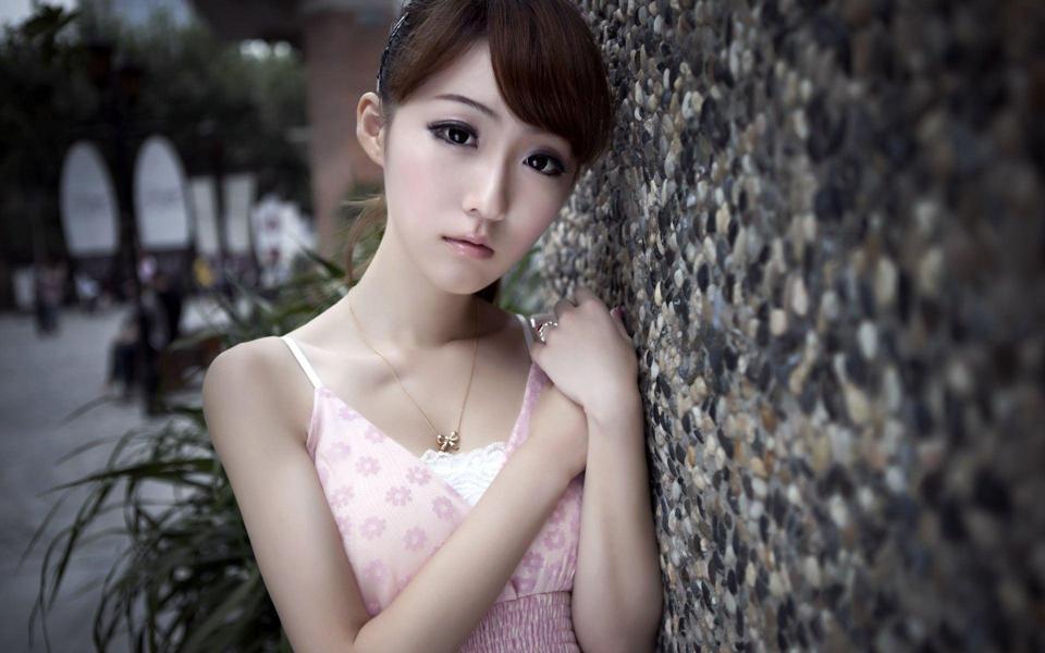 90美女壁纸高清大图-美女图库_性感写真_清纯可爱女生