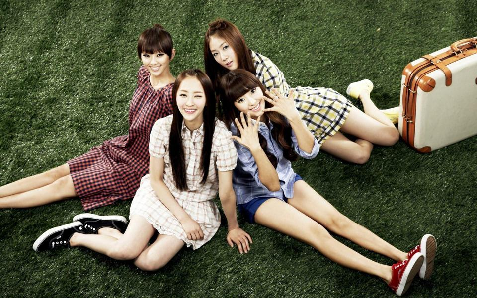 韩国女子sistar组合高清壁纸