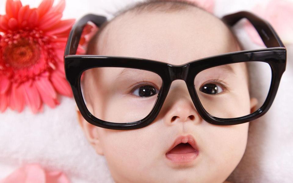 萌宝宝可爱桌面图片壁纸/萌宝宝图片手机壁纸/萌小孩