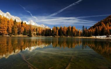 意大利圣培露湖泊山水一色风景壁纸桌面