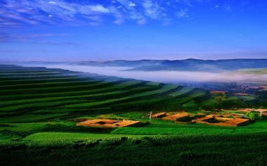 绿色田园风景桌面壁纸