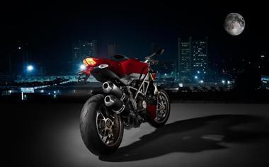摩托车高清壁纸