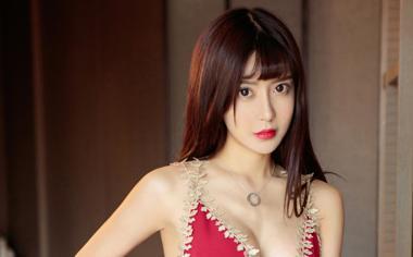 长发气质美女赵智妍桌面壁纸